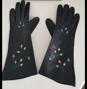 SALE🖤Italian Leather Embroidered Gloves